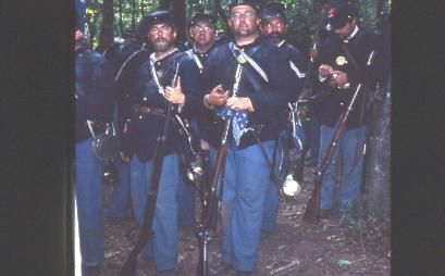 killer angels inside look battle gettysburg The killer angels helped me to understand the battle at gettysburg during america's civil war if follows the time leading up to the battle and takes the reader through the battle and brings the characters to life.
